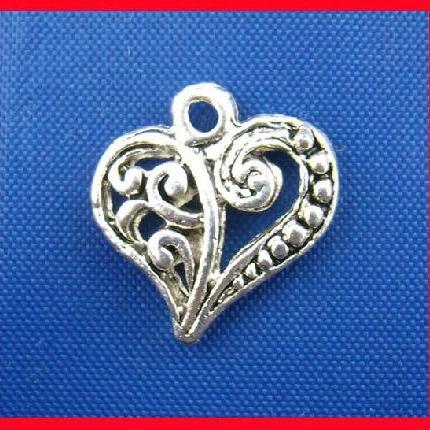 B00125A Silver heart charm