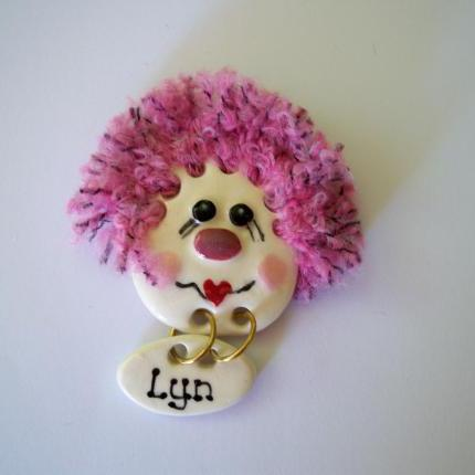 Face brooches - Pink Hair