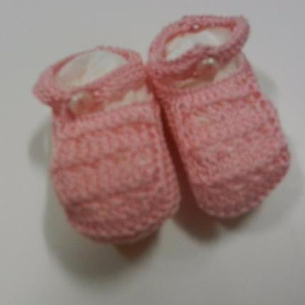 Pink crochet shoes 2.5""